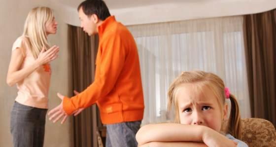 Как объяснить ребенку развод родителей?